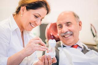 Bild Zahnarztpraxis Dr. Ebrahimi Hamburg Wandsbek Beratung